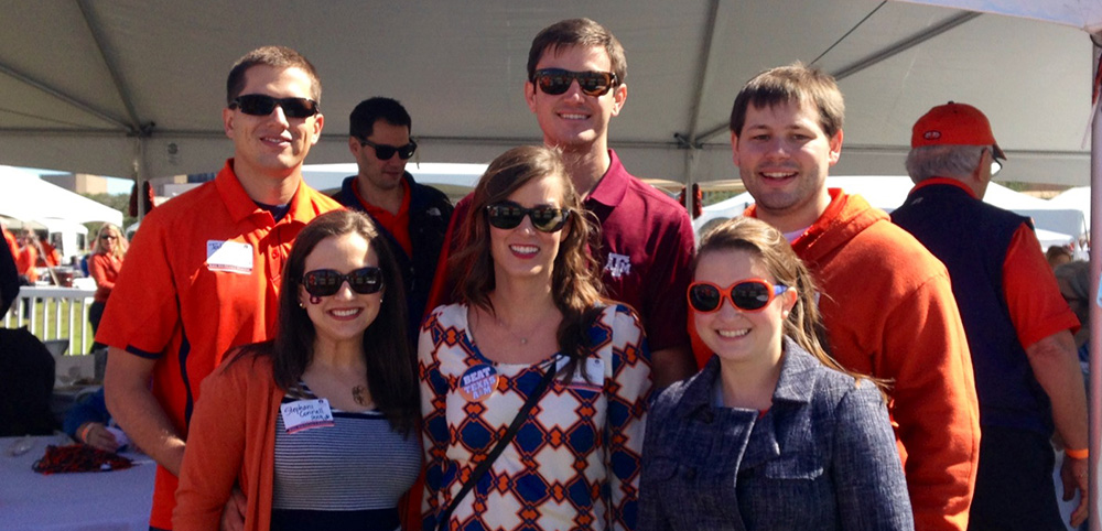 Young Alumni at Tailgate